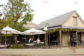 Breakout Brasserie Cafe